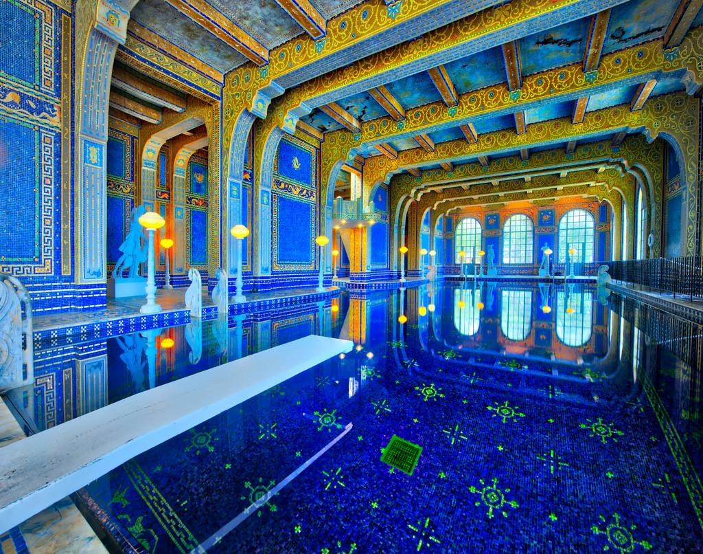 Hearst castle my belle elle for Castle gardens pool