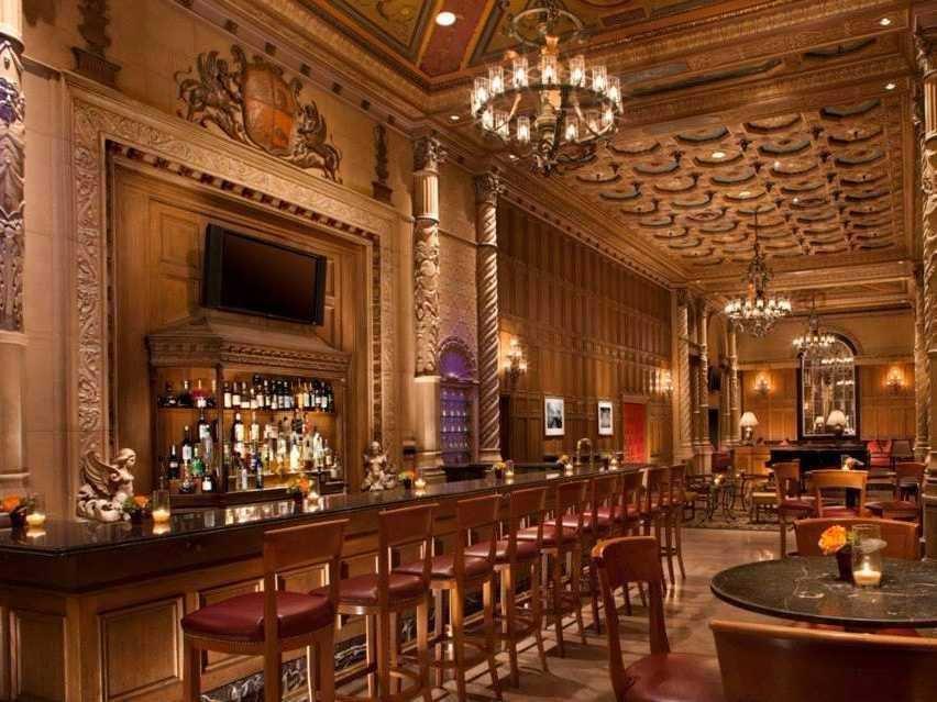 gallery bar millennium biltmore hotel