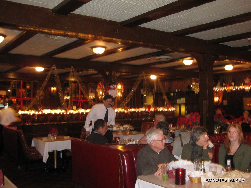 smokehouse restaurant burbank