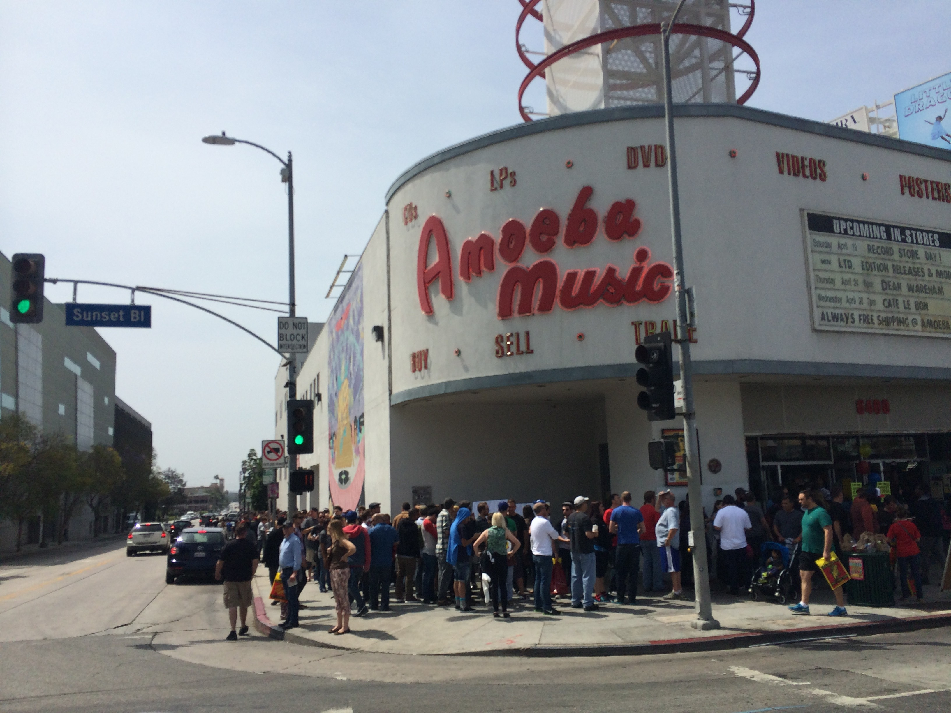 amoeba music store hollywood